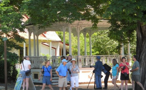 Walking tour Weaverville